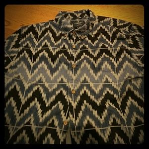 American Eagle patterned short sleeve button down